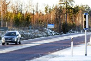 Nya fartkameror är uppsatta på väg 76 vid Knaperåsen och korsningen till Bomhus.