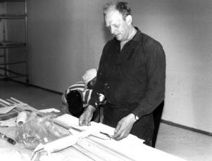 Staffan Moberg, ordförande för byalaget, var en av de som ställde upp och jobbade med skolans renovering.