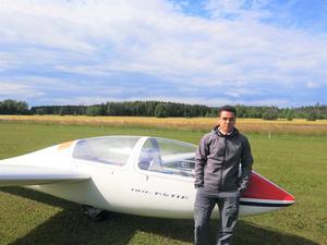Dennis Jensen hoppas att segelflyget ska få sig ett uppsving . Foto: Hugo Höglund.