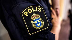Man i 35-årsåldern körde avställd bil i Bollstabruk – misstänkt rattfylleri