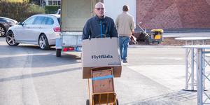 Sonny Ejremar började flytta in så fort han hade kvitterat ut nycklarna till lägenheten i Brf Silvergruvan.