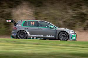 Fredrik Ekblom kör en Volkswagen Golf för Westcoast racing den här säsongen. Foto: Micke Fransson/teambild.se