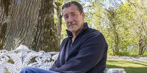 Kai Cravelin är platschef på det nya behandlingshemmet i Karmansbo. Där får människor med missbruksproblematik hjälp.
