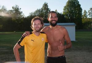 Lyckliga målskyttar. Sunds IF Per Nyman och Ahmad Khreis låg bakom det mesta då Stöde IF besegrades med 2-4 på bortaplan.