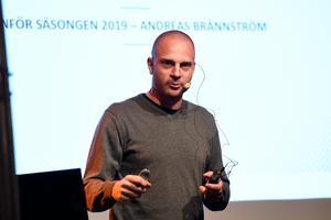 Jönköpings Södras tränare Andreas Brännström gav en lägesuppdatering på torsdagskvällens medlemsmöte.