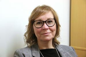 – Det kan bli väldigt konstigt och svårt som chef att förhålla sig till när politiker förväntar sig att det egna privata intresset ska prioriteras exempelvis i nämnden, förklarar Linda Calson.