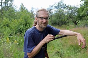 Emil Nilzon driver själv ett jordburk i Gustafs.