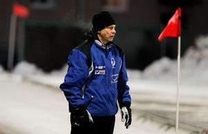 Alexander Zinkevitch har gjort fyra säsonger i Västanfors. Nu har hans kontrakt gått ut men han för diskussioner med klubben om en fortsättning.