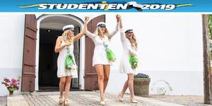 Nu har Julia Finnäng, Rebecca Franzén och Cecilia Bergåkra tagit studenten.