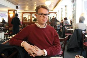 Richard Lindström är en ung baryton som tror på operakonstens framtid.