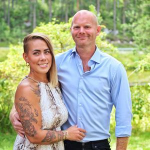 Arrangörerna Annie Sjögren och Thomas Gillisson.