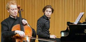 Filip Graden och Pontus Carron inledde lördagens eftermiddagskonsert. Pressbild
