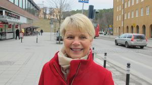 Ulla Graneli, 64, pensionär, centrum:–Jag brukar gå till Torekällberget, det är ett bra sätt att högtidlighålla nationaldagen. Alla får skaffa sina egna traditioner.