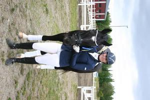 Madelene Toresson med Don Fahrenheit som vann i två klasser.