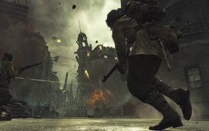 Call of Duty: World at War inleds med en scen där amerikanska soldater torteras av japaner.Kanske historiskt korrekt, men scenen känns ändå spekulativ.