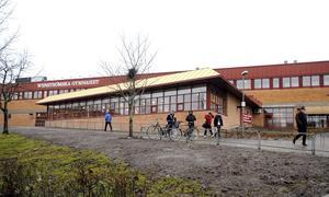 För dyrt. Wenströmska gymnasiet har så höga lokalkostnader att pengarna inte räcker till undervisning.