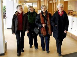 Tipset från de tuffa damerna i de fyras gäng är att Härnösands teater sväljer 500 personer.