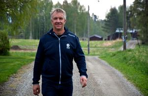 Mikael Ericsson ser fram emot dagens 20-årsjubileum för Parteboda byförening.