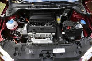 1,4-litersmotorn kommer direkt från Volkswagens lagerhyllor och finns i ett flertal olika utföranden. Fast i provbilen sitter den enklaste versionen på 85 hästkrafter.