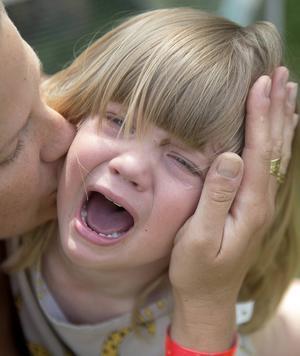 Tröst ger barnen en grundtrygghet, menar insändaren.