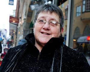 Berit Källgren, Odensala– Vi delar upp olika sysslor mellan oss. Förut var min man jultomte också, men vi skippar det nu när vi inte har några småbarn hemma.