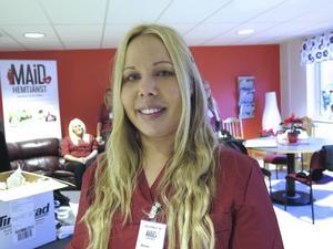 – Vi försöker vara flexibla. Vi gör gärna det lilla extra, säger Maarit Lax, platsansvarig på Maid hemtjänst i Gävle.