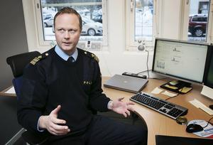 Mattias Skarp, lokalpolisområdeschef för Falun, Avesta och Hedemora, tror att det är viktigt fråga för framtiden att locka med personer från lokalområdet till att bli poliser.