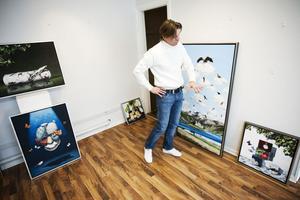 Frank Björklund är sin egen röst i den svenska konstvärlden. En teknisk briljant humorist med ett stänk av surrealism.