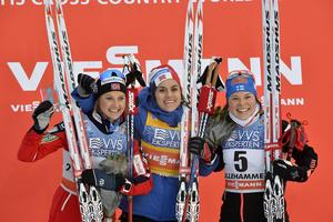 Podiet med  Ingvild Flugstad Oestberg, Norge, Heidi Weng, NOR och Krista Parmakoski FIN.