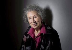 Margaret Atwood är en av få kvinnor som finns med högt upp på vadslagningsföretagens listor över Nobelpristippade författare.