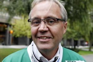 Stefan Karlsson ser fram emot premiären mot Broberg.