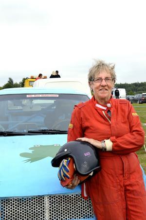 Evy Nestor har kört folkrace i 24 år.