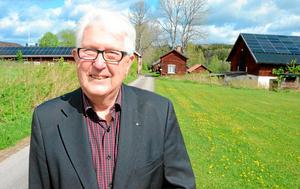 Satsar på solenergi. Golfbanan i Stjärnfors, campingen och herrgården med museum och ekonomibyggnader har nu solen som energikälla. – Jag gör den här investeringen inte bara för mig själv utan för hela gården och det arv som jag förvaltar genom att jag äger herrgården, säger Ulf Anagrius.