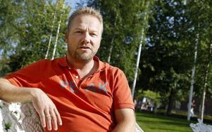 Erik Olofsson från föreningen Jakt i Jämtland-Härjedalen vill se nya skytteregler för björnjakt.