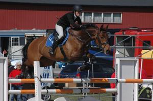 Stina Karlsson och Quantas tog en placering i freagens 1,20.