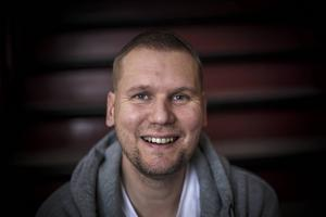 Patrik Spolander fick ordning på sitt liv efter kontraktsvård vid ett behandlingshem i Jämtland.
