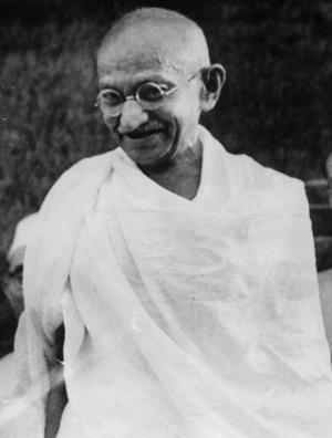 Att Mathatma Gandhi var emot våld av alla slag vet alla. Han hade också ett stort engagemang för djurens rätt.