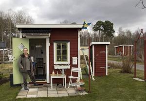 Så ofta Gun Källmyren kan åker hon till koloniträdgården i Söderhamn. Här har hon en egen lott sedan 2013.