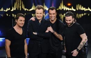 Axwell, Sebastian Ingrosso och Steve Angello besökte Fredrik Skavlan för att spela in fredagens pratshow i SVT.