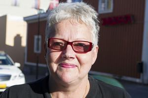 Inger Edmark, Örnsköldsvik:– Det kommer gå skitbra! men jag tror rakt int' att de vinn'. Däremot tar det sig nog till slutspel.