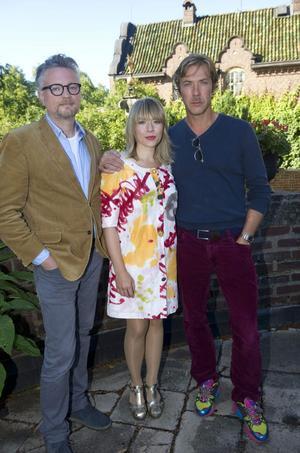 Regissören Tobias Falk tillsammans med skådespelarna Frida Hallgren och Mikael Persbrandt.