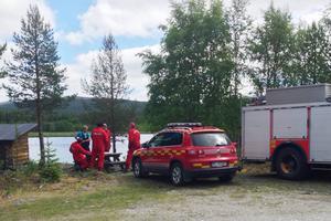 Räddningstänsten från Hede var först på platsen, sedan anslöt insatschef från Sveg