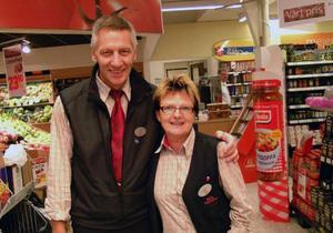 Ole och Ingrid Lundgren slutar som handlare i Bräcke och flyttar till Dorotea. Foto: Ingvar Ericsson