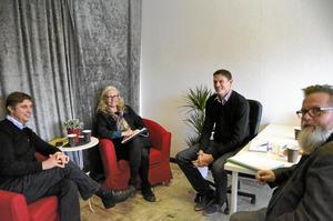 På tisdagseftermiddagen besökte Pär-Ove Lindqvist (M) och Gunilla Remnert (V) tillsammans med Christer Kallin, samordnare, Kvarnbacka Livs i Vedevåg som drivs av Mikael Vestergård.