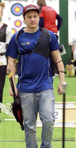 Oscar Spång tog guld individuellt och ett brons i lagtävlingen för recurvebågar.