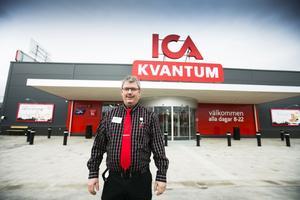 – Det har varit väldigt kul att vara med hela resan från första spadtaget till invigningen, säger Ulf Schön, chef på Ica Kvantum.