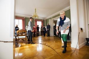 """Elisabeth Hugg från Gävle Convention Bureau var inbjuden att klippa """"bandet""""."""