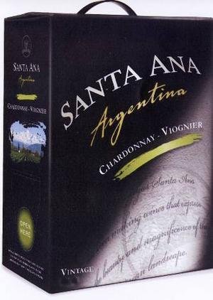 Santa Ana Chardonnay Viognier 2007, Argentina, 168 kronor. Ett behagligt, fruktigt vin.