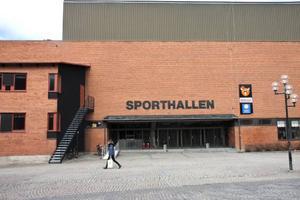 Utbyggnaden av Sporthallen står kvar, men byggnadsskisserna måste förändras. Anledningen är att Gymnasieförbundet inte behöver ett nytt utbildningskök utan enbart en utbyggd matsal.