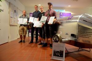 Fredrik Gustafsson, Jens Bertilsson, Benny Magnusson och Mikael Kalrot belönades med diplom och stipendier.